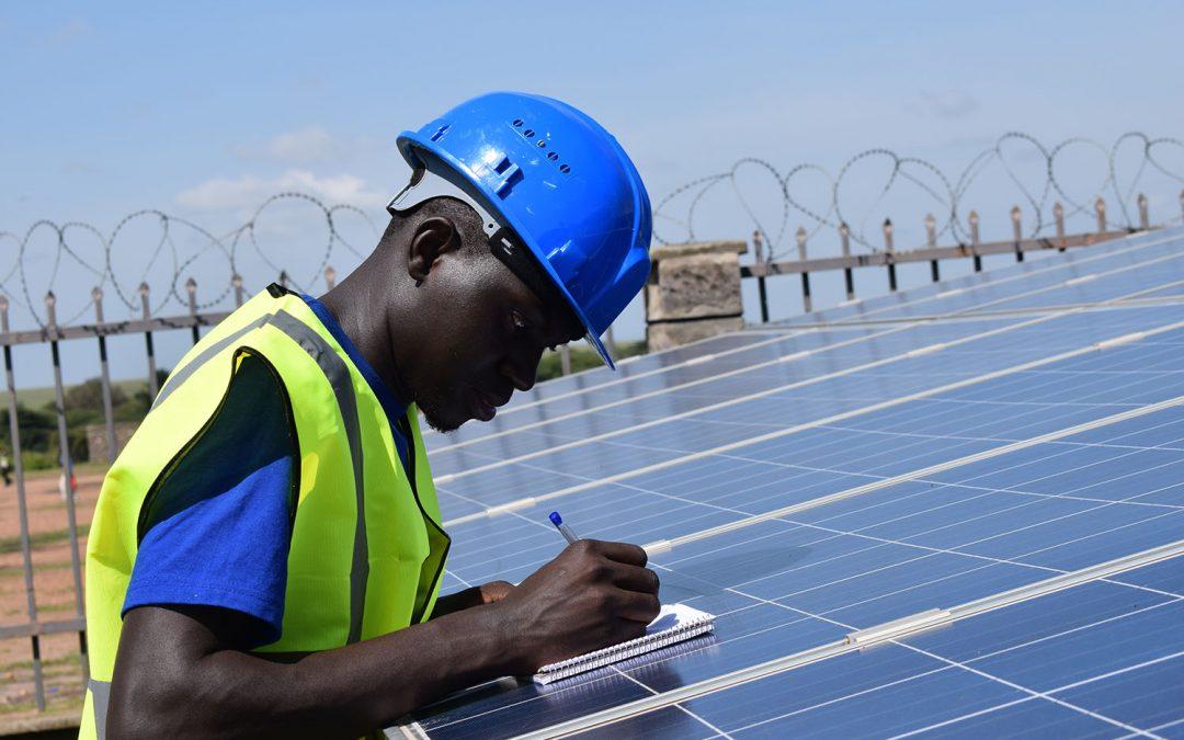 Solar hybrid mini-grid in the village of Gatoki (Rwanda)